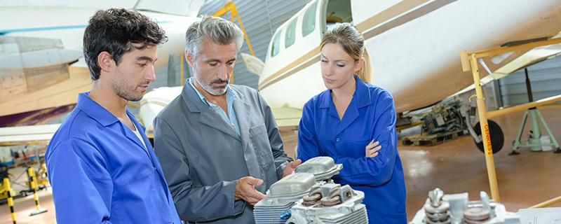 JET AVIATION renouvelle sa certification ISO 14001 et ISO 45001 avec DEKRA Certification